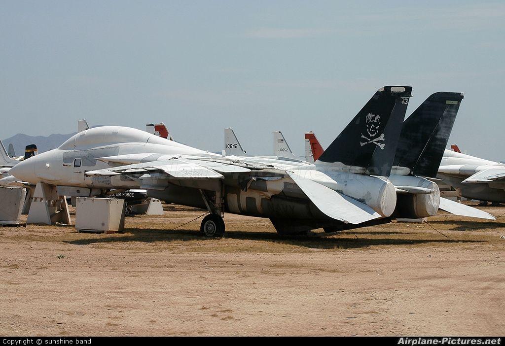 Navy Aircraft : F18 Hornet & Super Hornet - E-2 Hawkeye ... 90d9c99fb7b3822def455644466e7083