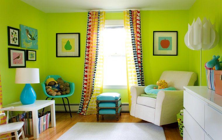pareti-colorate-verde-acceso-soggiorno | Come pitturare casa | Pinterest