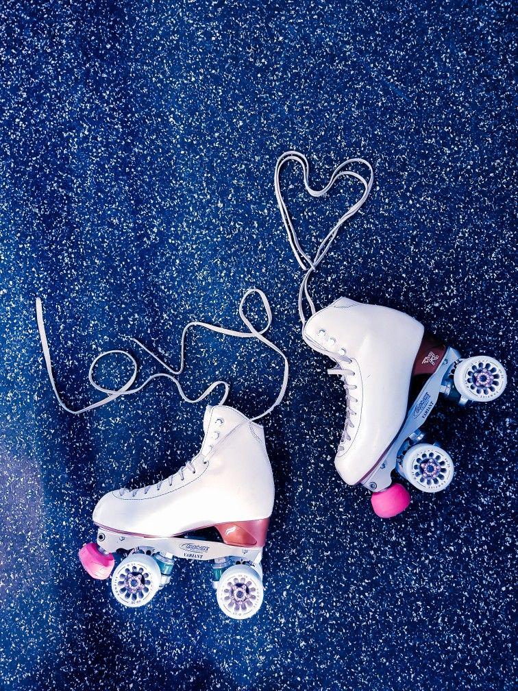 Good shoes take you good places #rollkunstlauf #rollschuhe #rollerskating #rollerskater