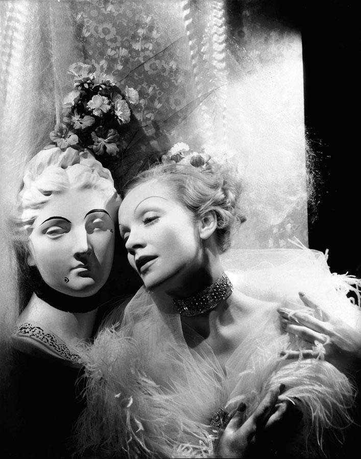 Marlene Dietrich | Cecil beaton, Marlene dietrich, Portrait