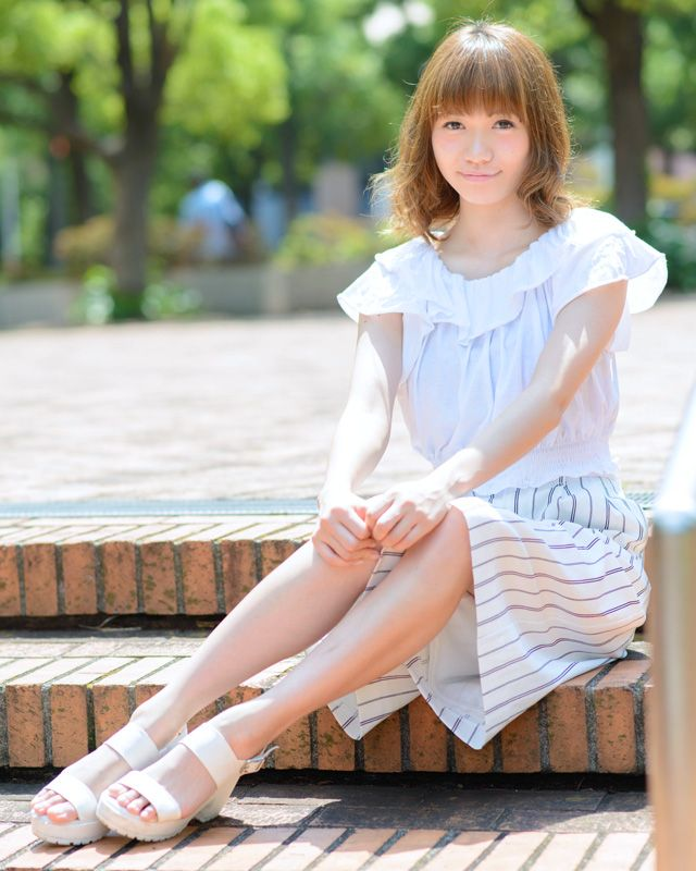 写真:甲斐田樹里さん 美人スナップ