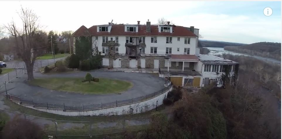 Drone Footage Of This Abandoned West Virginia Hotel Shows Just How Beautiful The Old Place Still