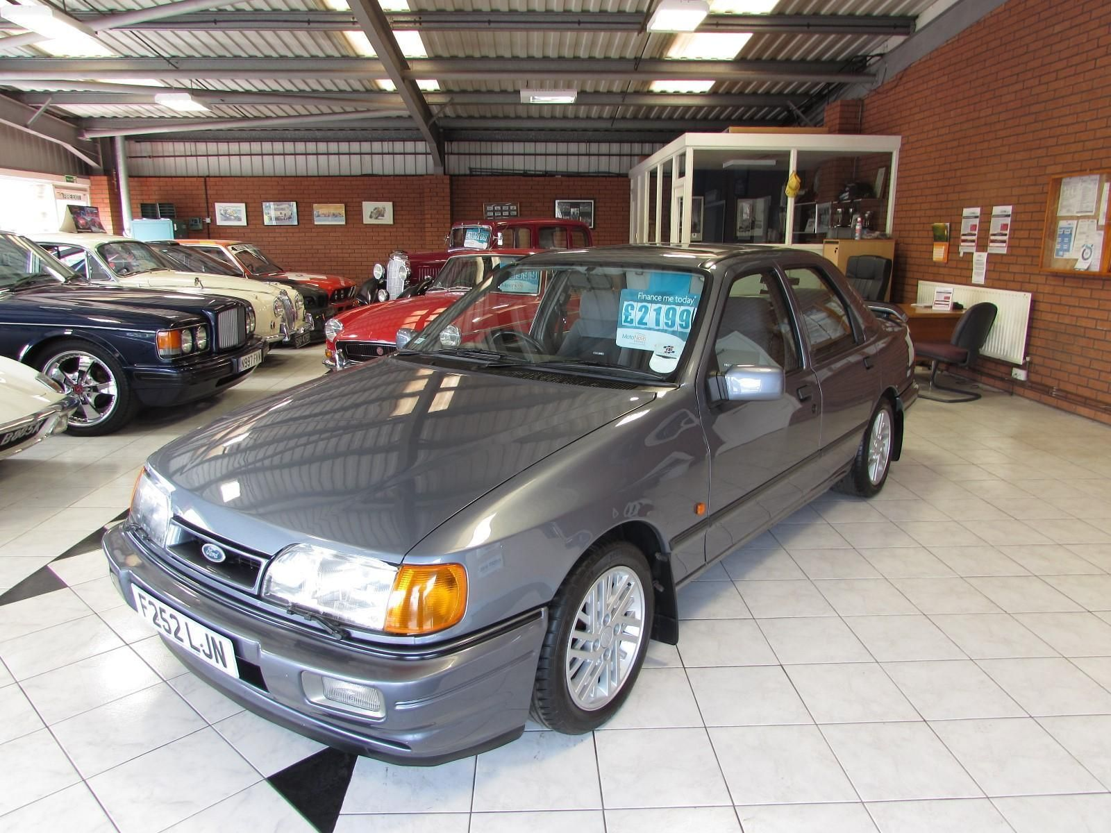 Ford Sierra Sapphire 2 0 Rs Cosworth Looks So Much Like My Old