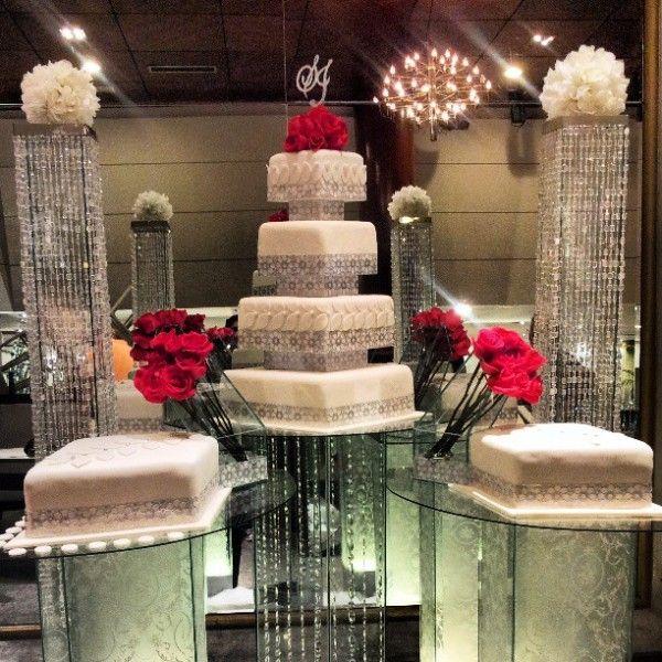 Nigerian wedding separate tier wedding cake by Repocreativa 14