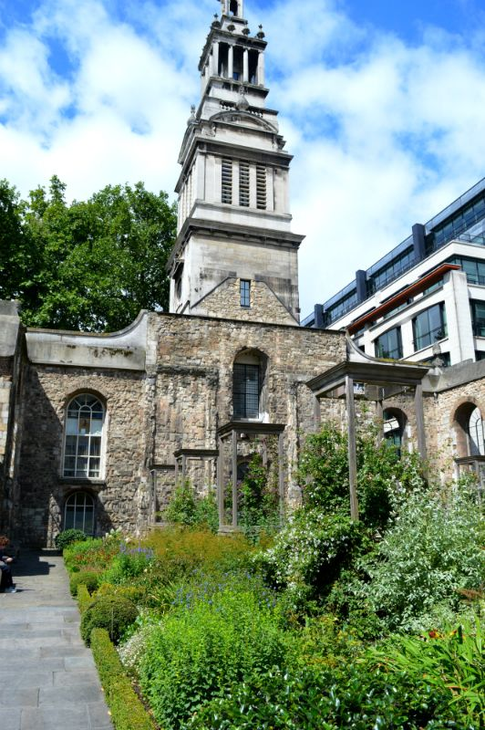 Vestry and tower of Christ Church Greyfriars Garden, City of London ...
