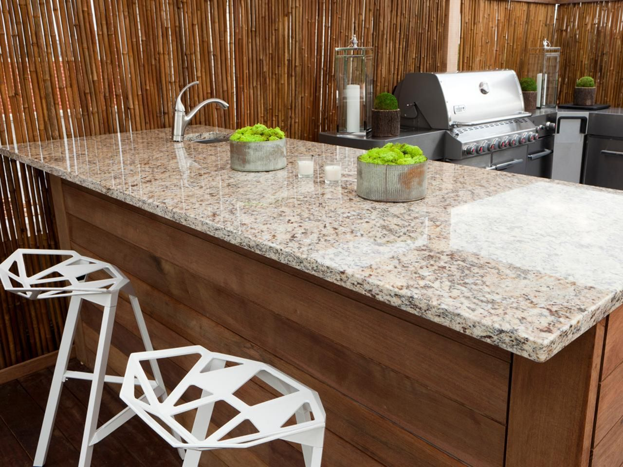Indoor Kictchen Granite Countertop In 2020 Outdoor Kitchen Countertops Kitchen Remodel Countertops Granite Countertops Kitchen