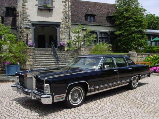 1977 Lincoln Town Car One Owner 1979 Lincoln Town Car Garaged Since New Original Continental Lincoln Town Car Lincoln Cars Lincoln Continental