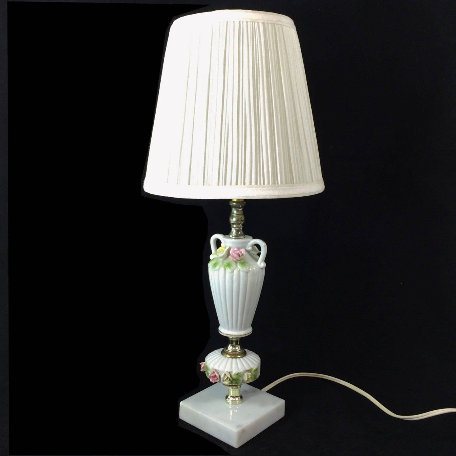 Large Vintage White Ceramic Lamp With Hobnail And Leaf Pattern Bright White Lamp Modern Table Lamp White Ceramic Lamps Ceramic Lamp Lamp