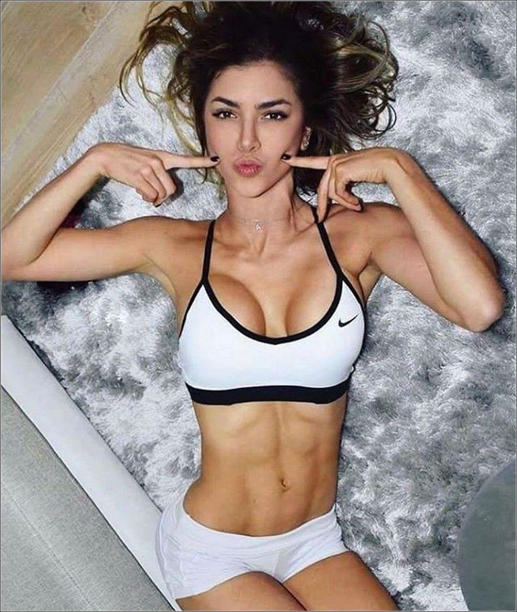 Pin De A S En Angels In White Motivación Para Fitness Femenino Cuerpo Fitness Mujer Entrenamiento Modelo