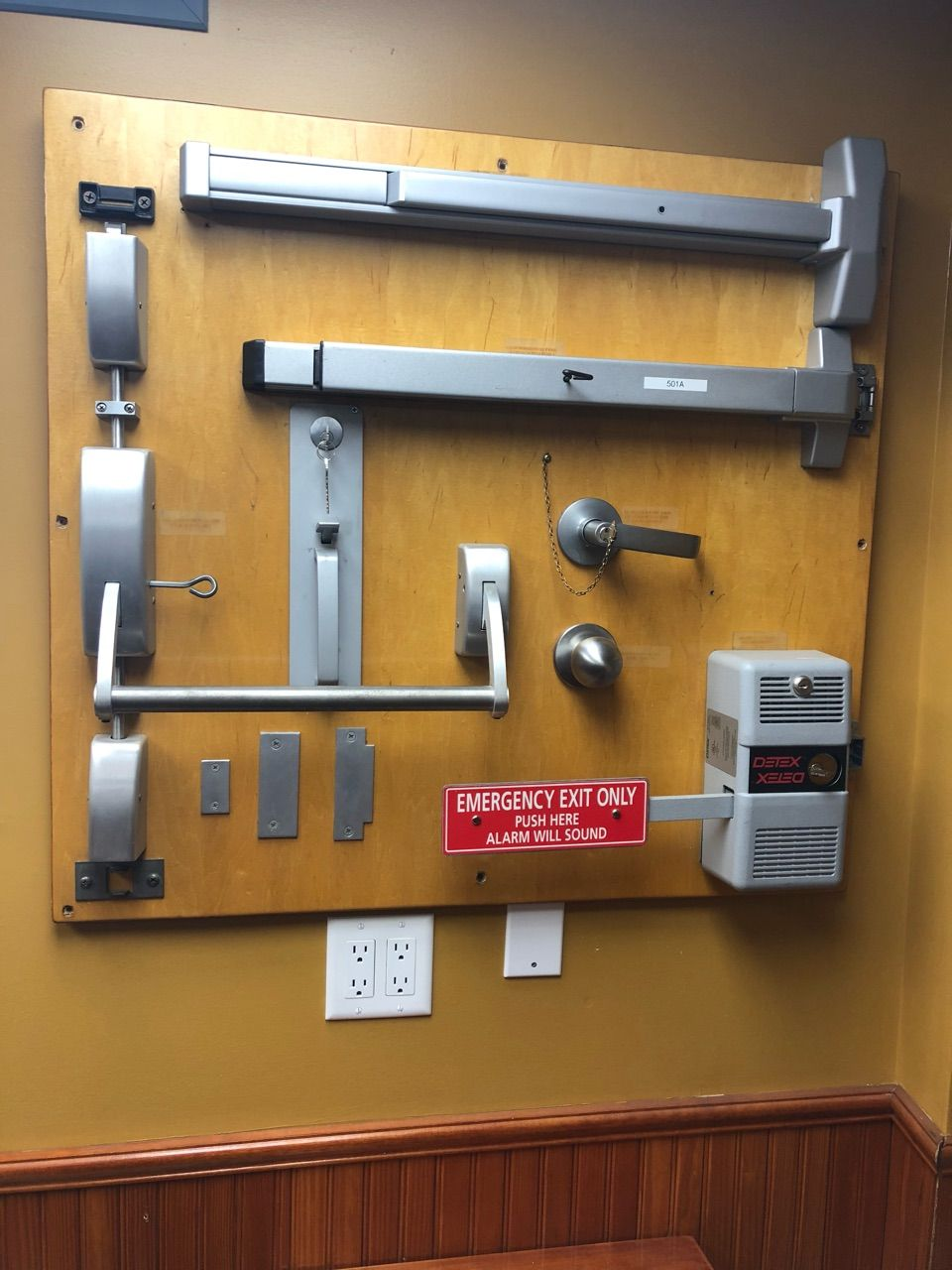 If You Need To Install Push Bars Crash Bars Panic Bars And Alarmed Exit Device On Your Commercial Prop Commercial Door Hardware Locksmith Commercial Property