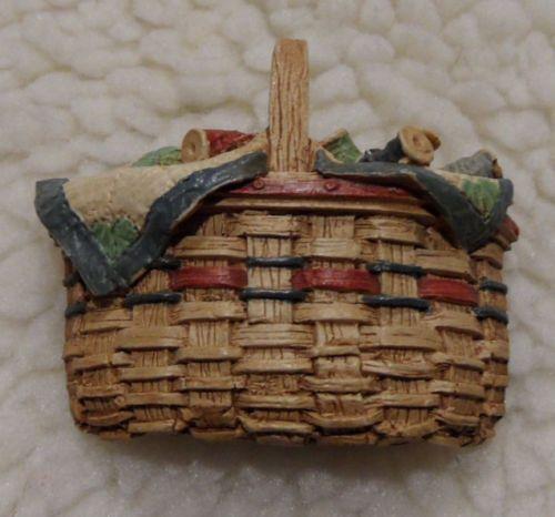 Miniature Collectibles Debbie Rubis Longaberger Quilting Basket ... : quilting basket - Adamdwight.com