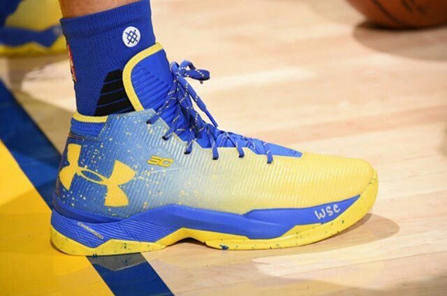 b760167deb6d Under Armour Curry 2.5 - Dub Nation Lights