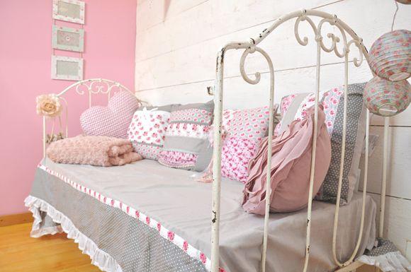 Best Chambre Petite Fille Romantique Photos - Joshkrajcik.us ...