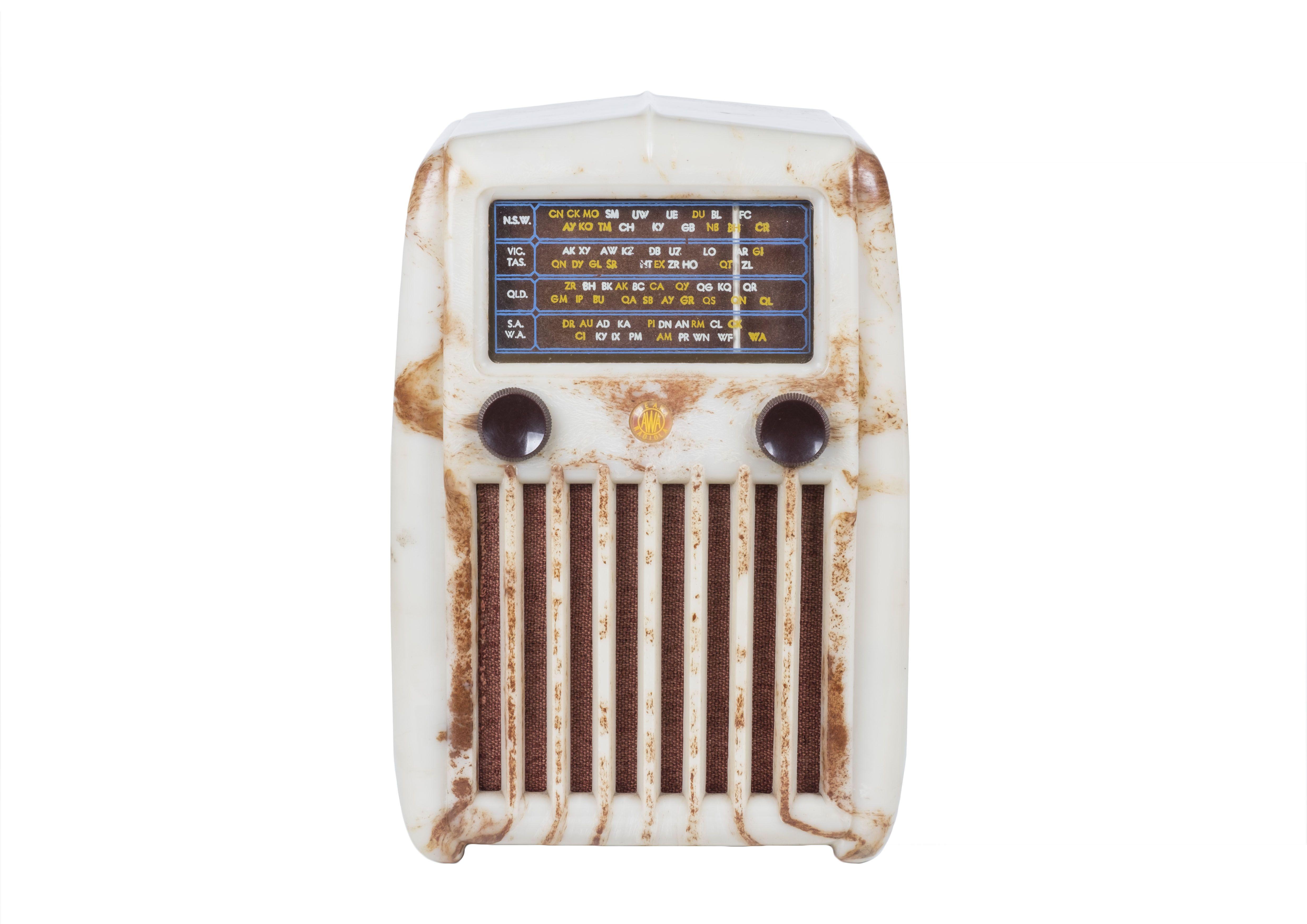 1950 Awa 520my Fridge Radio Australia Vintage Radio Old Radios Vintage Valve