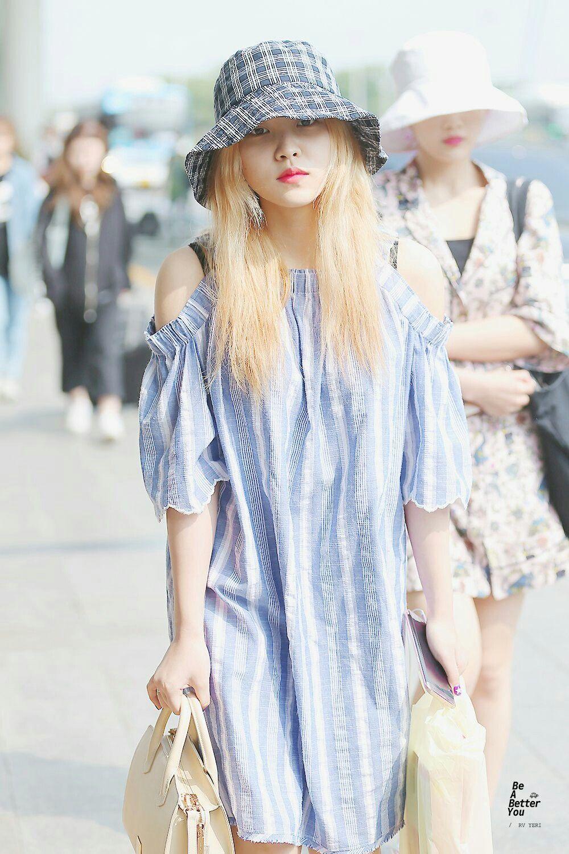 Korean flannel outfits  Pin by UU on Korean Artist Girls  Pinterest  Korean artist and