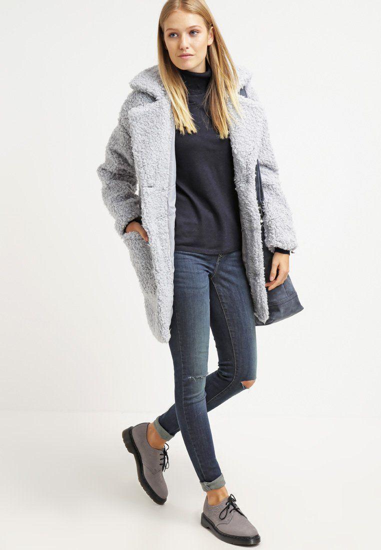Lässiger #Pullover in #Dunkelblau von #Only. Der Pullover überzeugt mit schlichter #Eleganz. ♥ ab 21,20 €