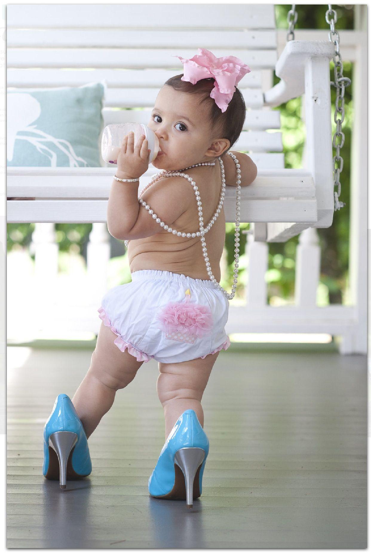 ideas for when I do aleyahs first birthday pics Savannah Turns 1