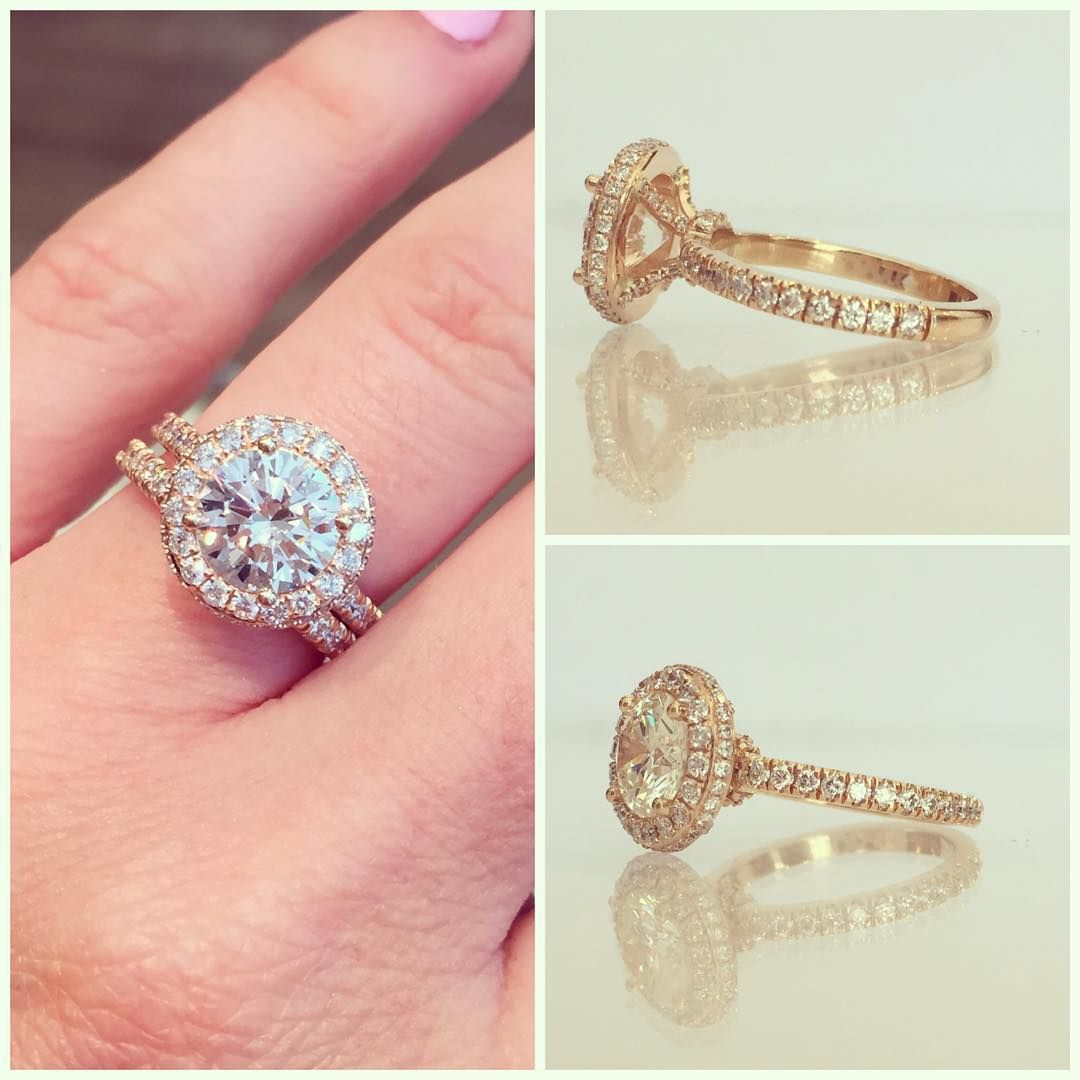 A few different views of this amazingly awesome ring! Love love love ...