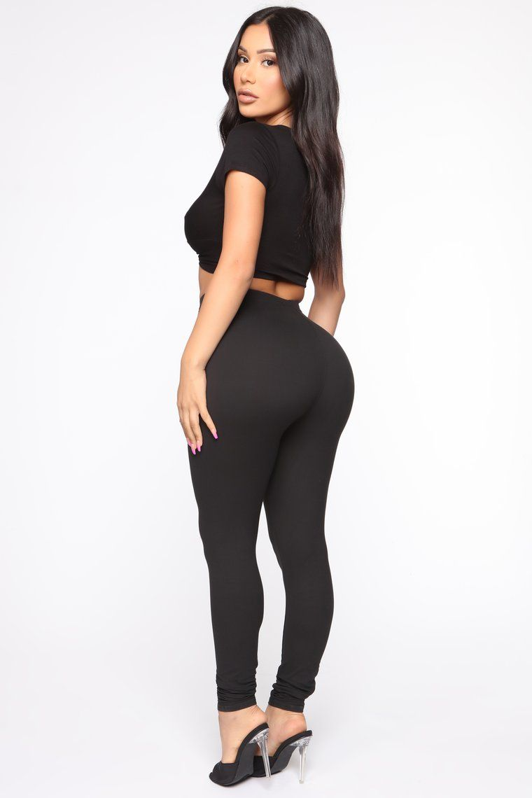 On The Daily Leggings Black Fashion Fashion Nova Outfits Girls Black Leggings [ 1140 x 760 Pixel ]