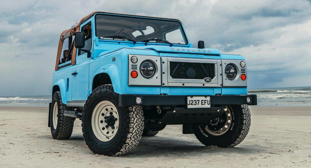 Arkonik Turns 90s Land Rover Defender Into Impossibly Cool Beach Buggy