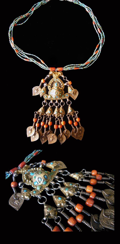 Uzbekistan | Old necklace; silver, silver gilt, coral and turquoise. Bukhara | POR