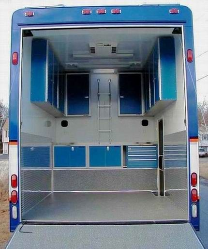 Blue Moduline Aluminum Storage Cabinets In Fun Mover
