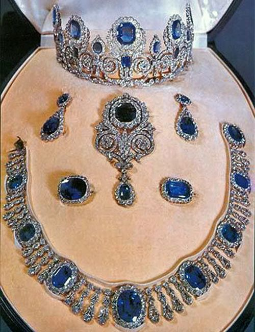 Queen Hortense Sapphire And Diamond Parure Former Possession Of The