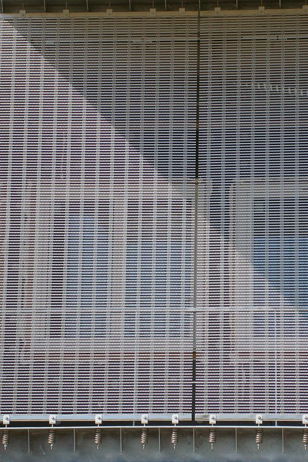 HAVER Architectural Wire Mesh facade made of the stainless steel ...