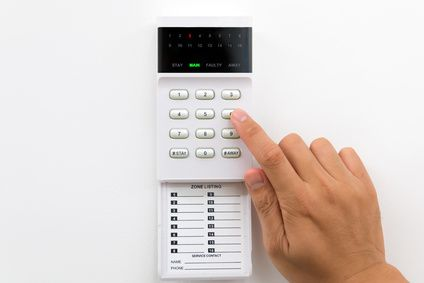 Everything To Know Before Buying A Home Alarm System Wireless Security System Alarm Systems For Home Wireless Home Security Systems