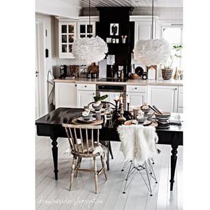 Instagram photo by draumesidene - #kitchen #kjøkkenbord #kjøkken #kitchentable #draumesidene #inspirasjonsguidennorge #winter