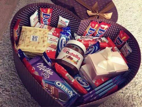 Image via We Heart It #chocolate #heart #kinder #love #nutella #oreo #sweat #milka