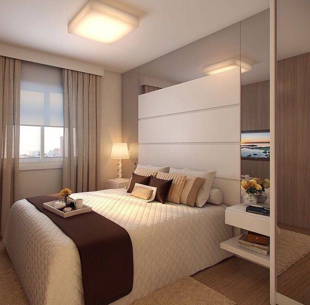 Quarto casal espelhado tons marrom e bege decora assim for Modelo de tapiceria para dormitorio adulto