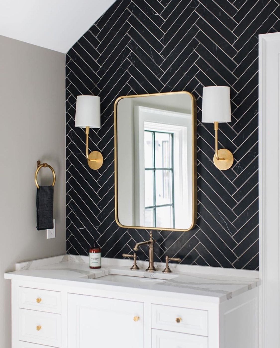 Small Bathroomdesign Ideas: Removable Wallpaper Or Peel And Stick Tile On One Wall