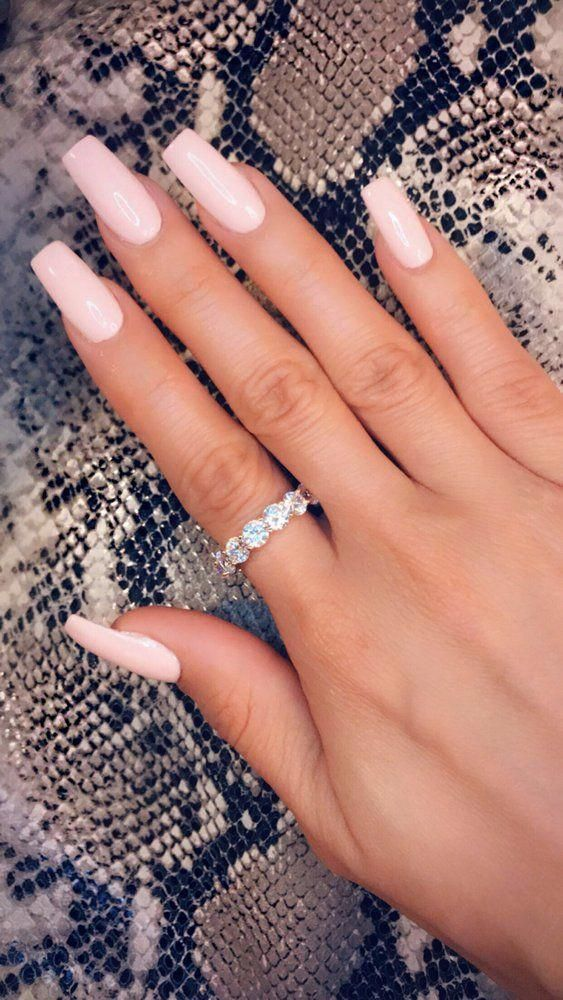 dating lange negle hævn stjerner dating