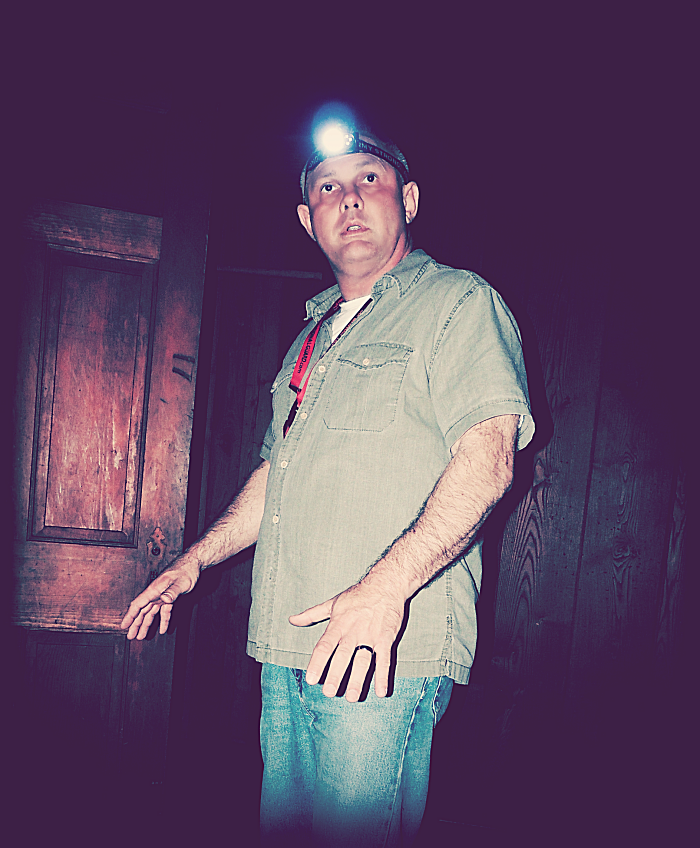 Harlan County Ghost Hunters Tony Felosi...
