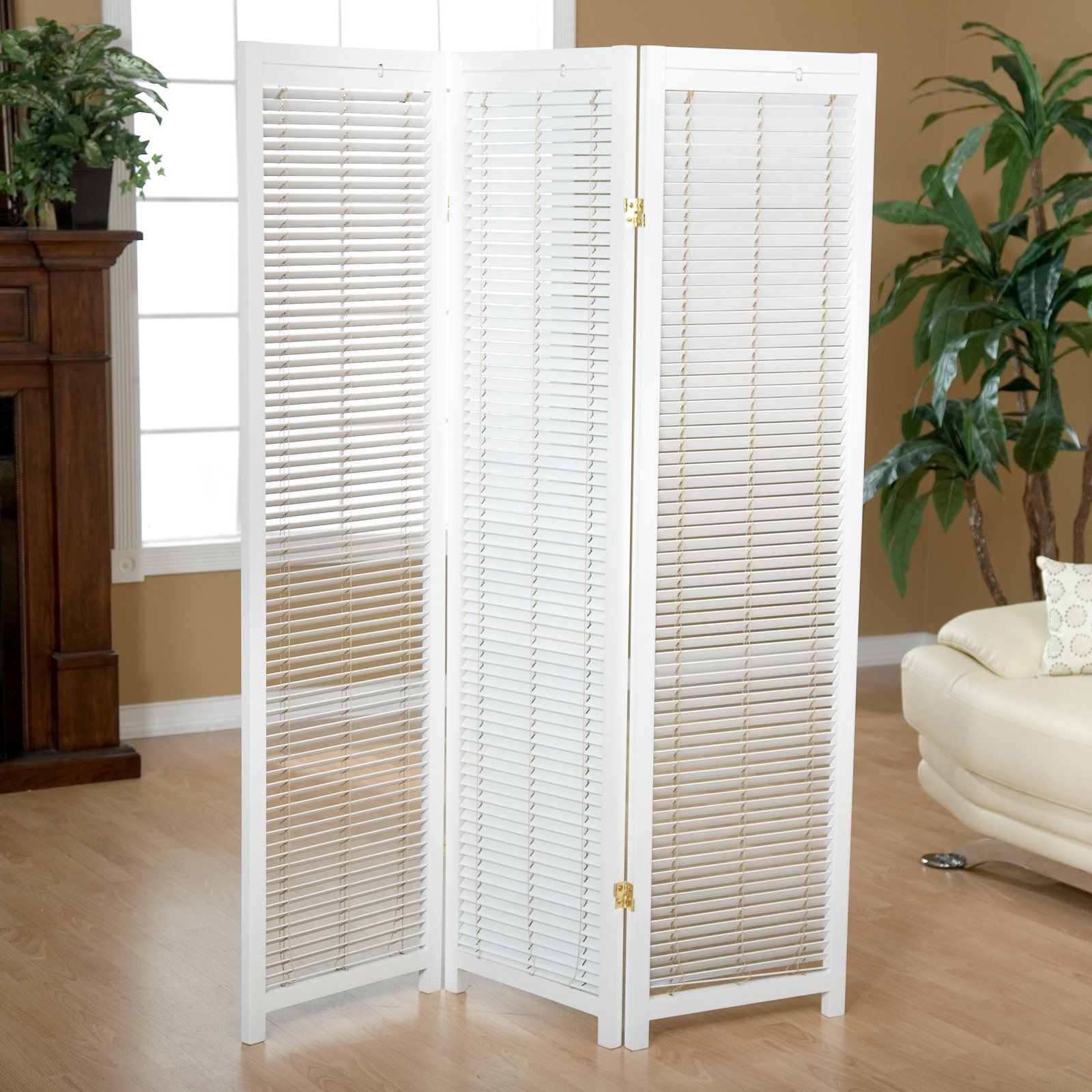 Tranquility Wooden Shutter Screen Room Divider In White 139 98
