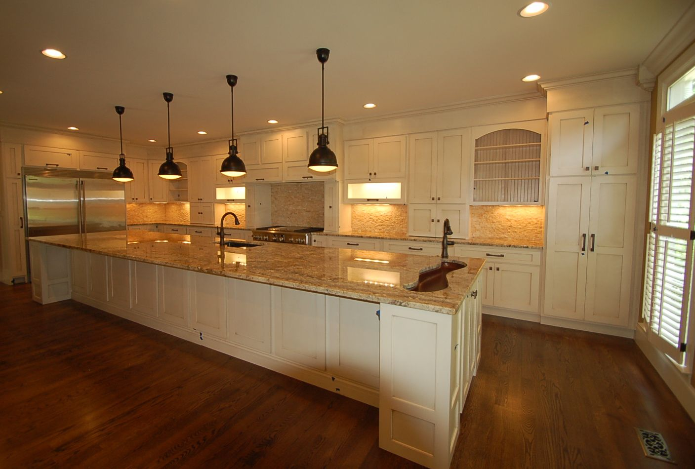 lighting under cabinets. Multiple Lighting In The Kitchen. Pendant Lights, Under Cabinet Can Lighting, Cabinets H