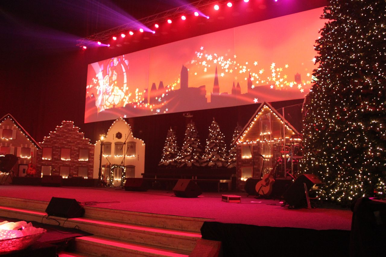 A Dutch Christmas Christmas Settings Chirstmas Decor Christmas Stage
