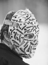 History Of The Goalie Mask Usa Hockey Magazine Goalie Mask Hockey Goalie Goalie