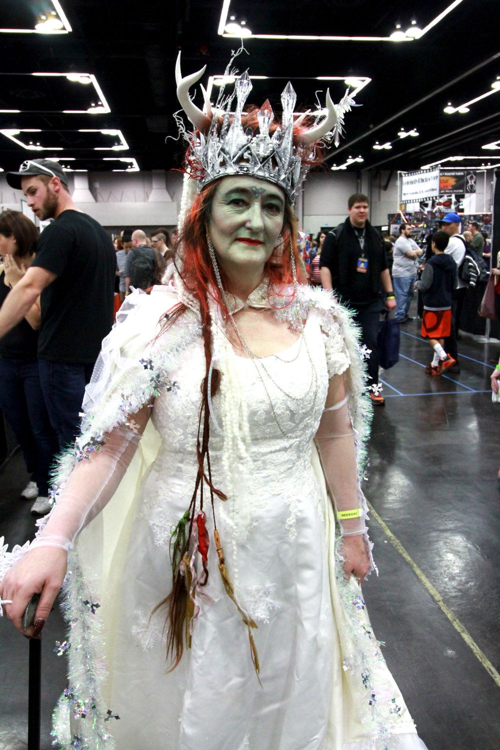 5 out-of-this-world costumes from Wizard World 2016 and the humans ...