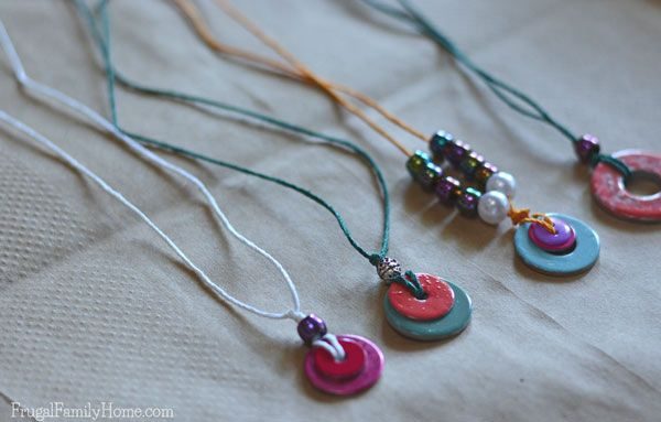 This is a great project to do with the kids, when the summer heat is just too hot outside or on a rainy day. These DIY washer necklaces only take a few items to make. A few washers, beads, nail polish, and a little string is all that is needed to make these really cute necklaces. This is a great idea to get your kids creating instead of complaining.
