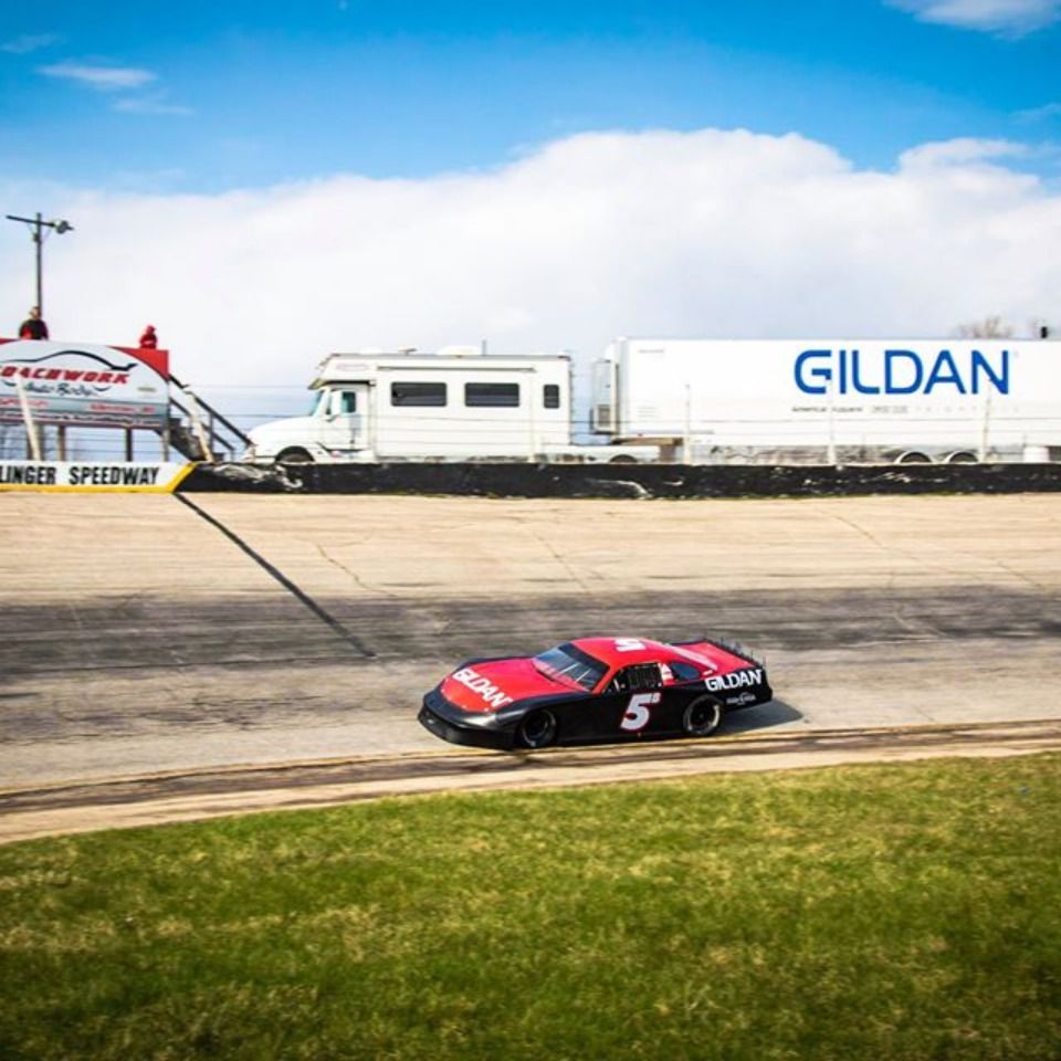 What A Fun Day Of Social Distancing Slinger Super Speedway In 2020 Racing Fast Cars Racing Team