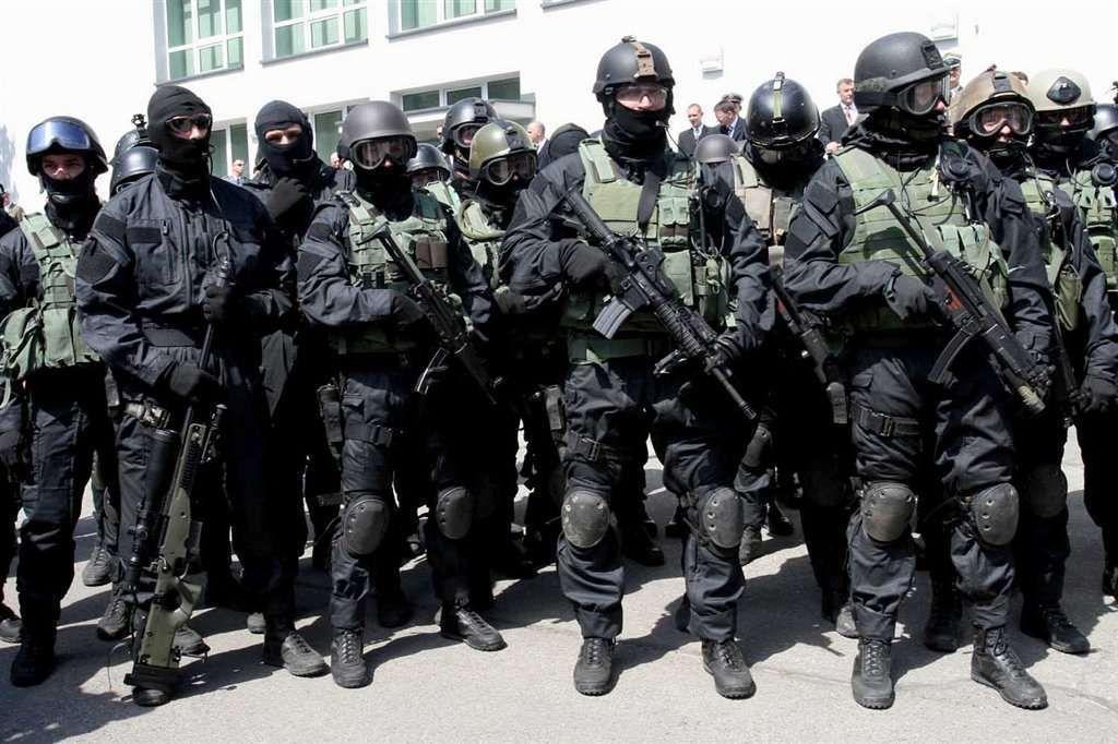 элитные войска разных стран фото женских цветоносе видно