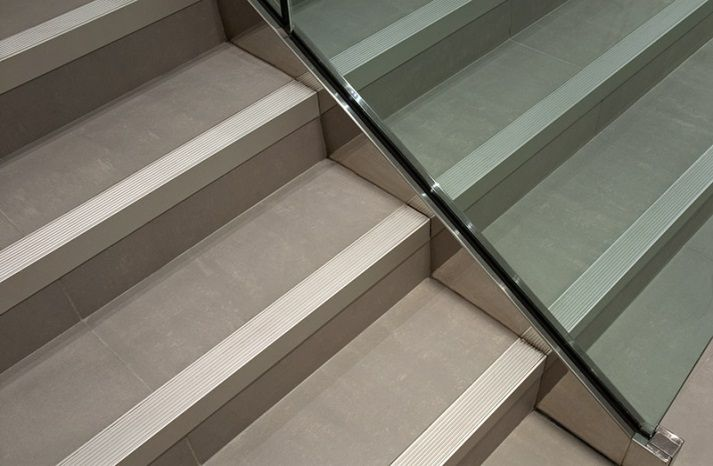 Basement Stair Trim: Image Result For Schluter On Steps