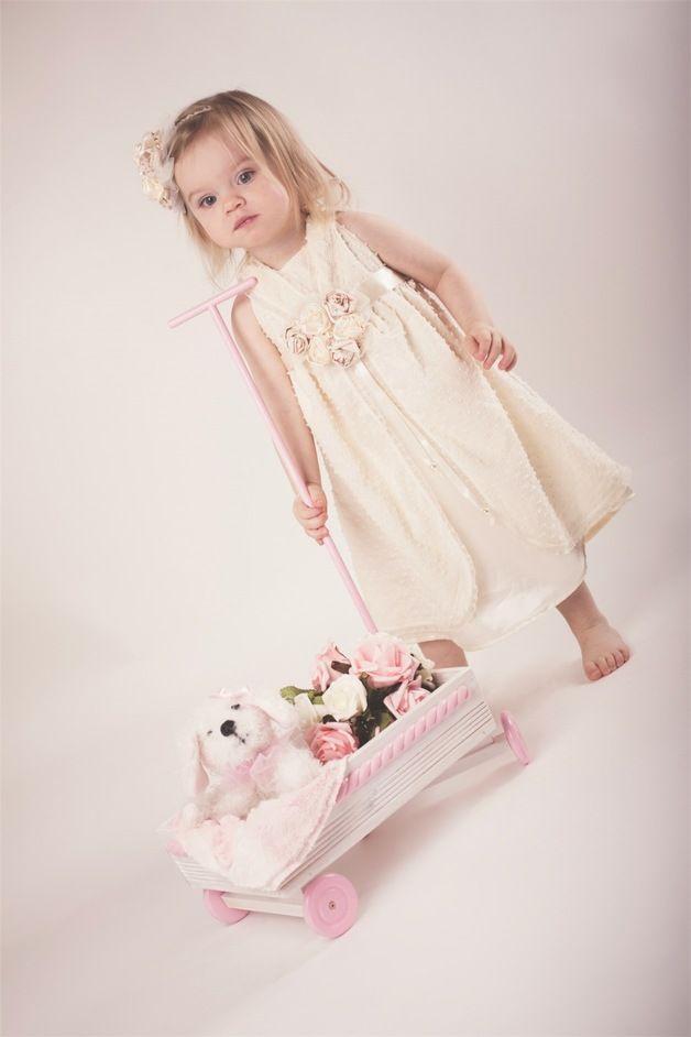 """Romantisches Kleid """"Annabelle"""" in Creme mit Rosen ..."""