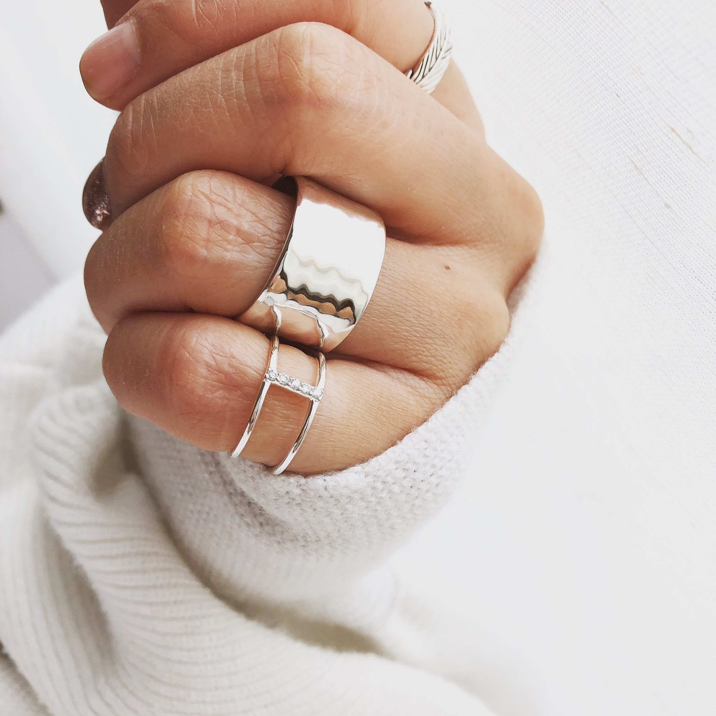 Ring Silver,Statement Ring,Hammered Ring,Solitaire Ring,Ring Handmade,Wedding Gift,Engagement Gift,For Her,Gold Jewelry,Wedding Jewelry,Ring