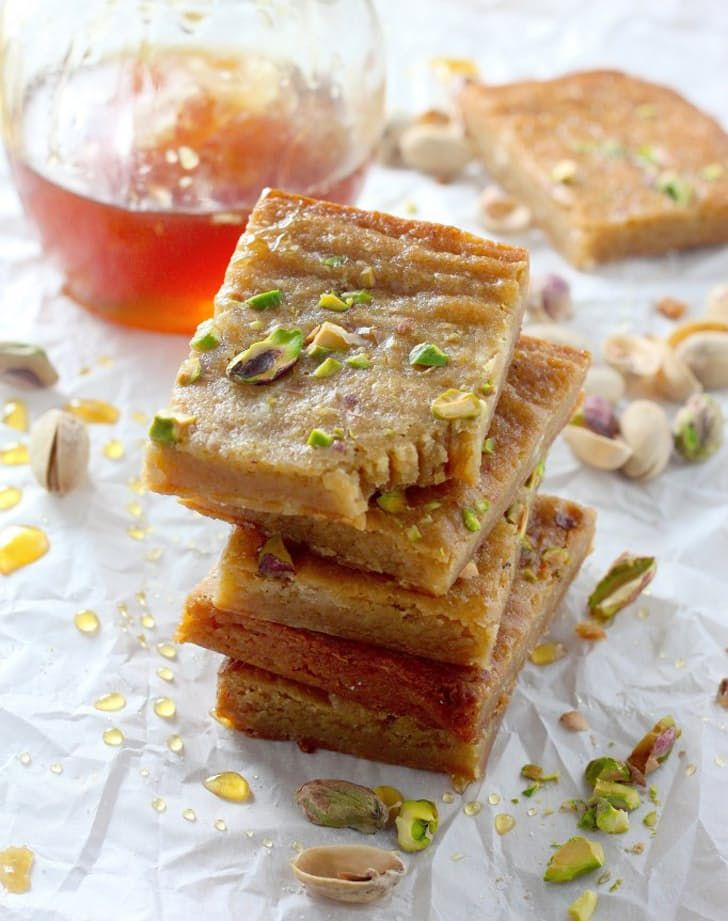 Here's how to make brown butter and honey pistachio bars.