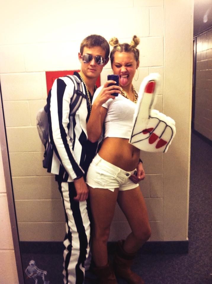 Halloween couples costume! Robin Thicke u0026 Miley Cyrus  sc 1 st  Pinterest & Halloween couples costume! Robin Thicke u0026 Miley Cyrus | COLLEGEn ...
