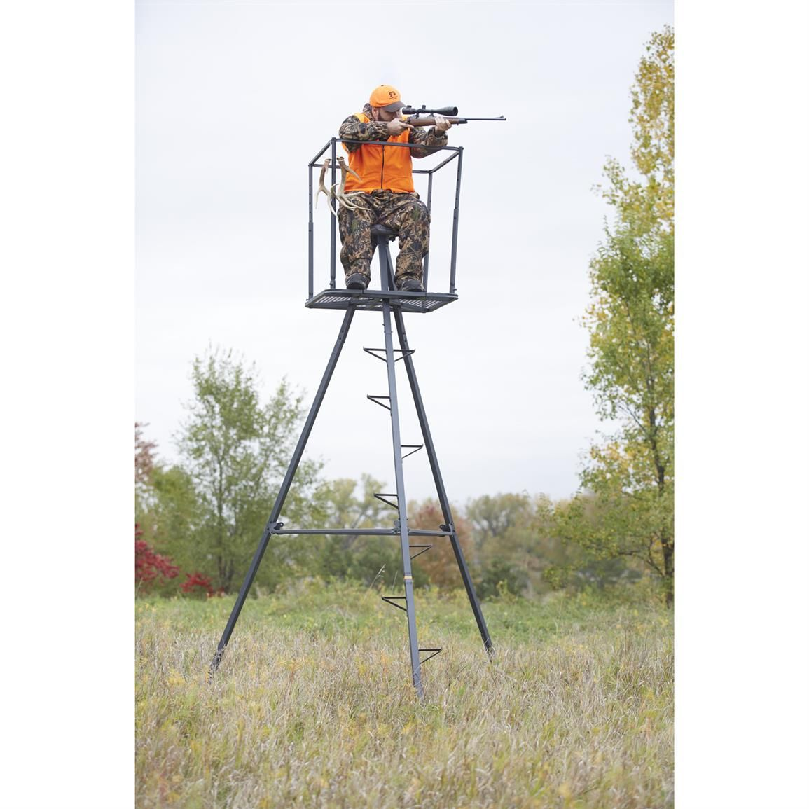 Guide Gear 13 Deluxe Tripod Deer Stand In 2020 Tripod Deer Stand Deer Stand Deer Hunting Tips