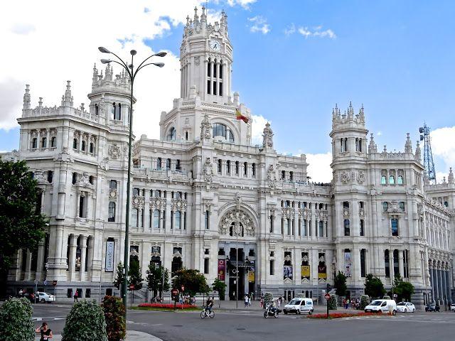 El Palacio De Cibeles En Madrid Actualmente El Correo Palacios Cibeles Arte De Vivir